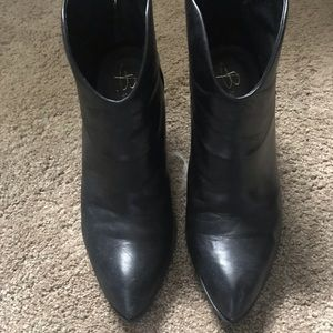 Makowsky  Leather Western inspired boots size 8